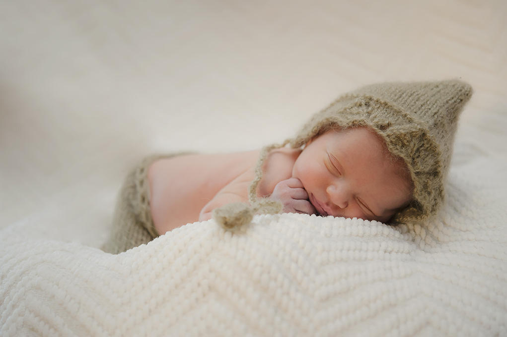newborn baby photo session in Portland Oregon