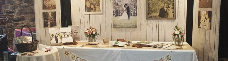 Kimi Photography booth at Art of Wedding Portland Oregon