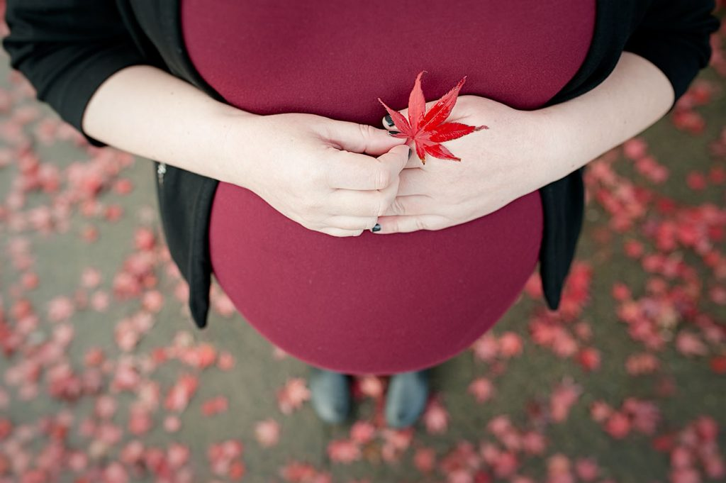 maternity-photo-studio-Portland-Oregon