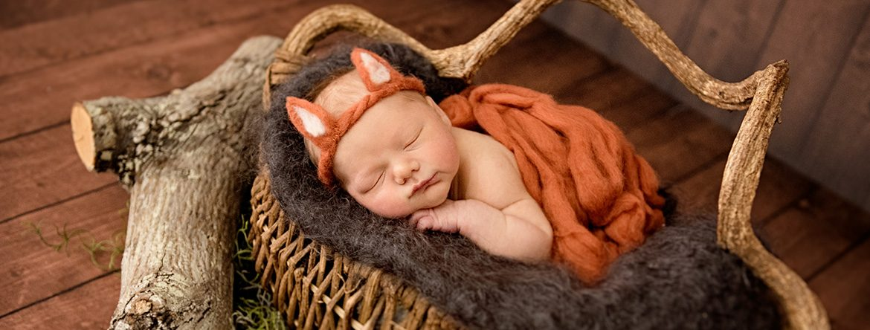 newborn-baby-photographer-near-St-Vincent-hospital-Portland-08