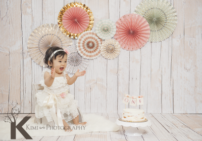 one-year-old-birthday-newborn-baby-picture-Kimi-Photography-smash-the-cake2