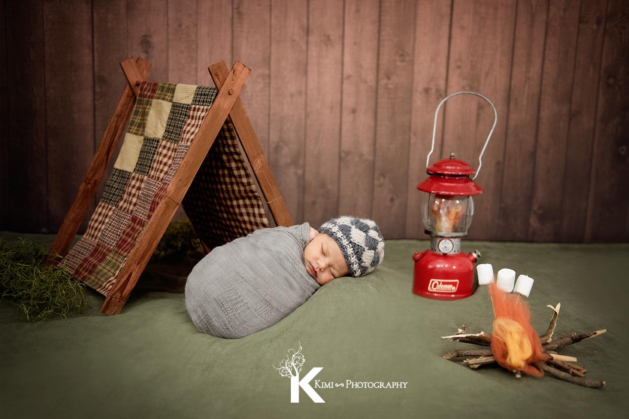 newborn-baby-photographer-near-St-Vincent-hospital-1