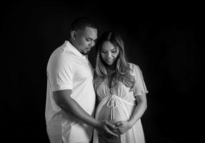 pregnancy-massarge-and-maternity-portrait-session-Portland-6